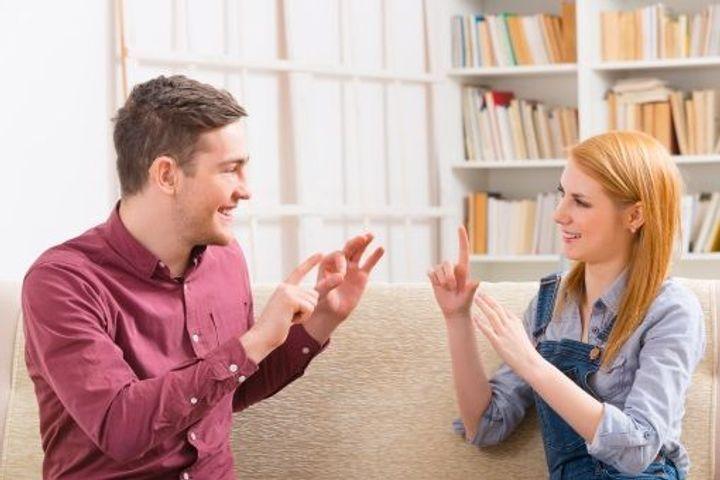 ¿Cuándo hacer un examen para la sordera?